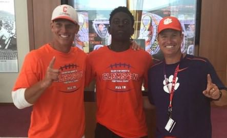 Elite CB commits to Clemson