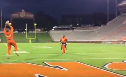 WATCH: Crowder throws TD pass to Lawrence to reenact championship play