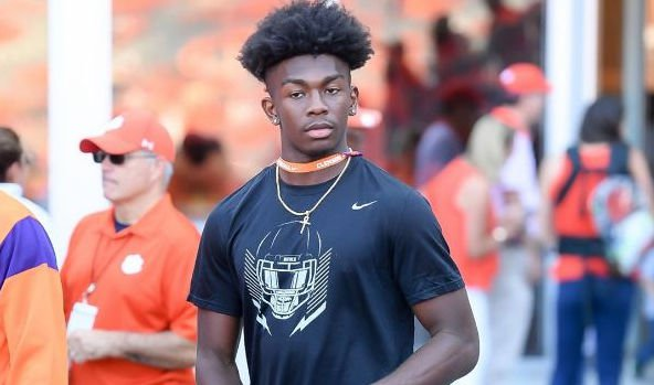 5-stars out in Death Valley for Clemson-Auburn