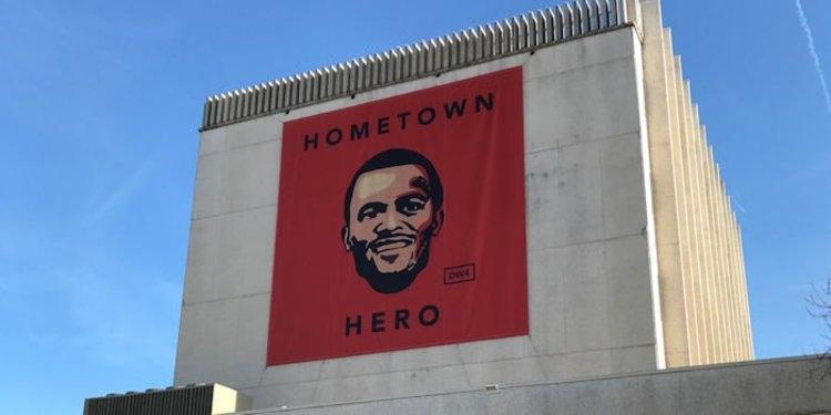 Deshaun Watson's massive banner goes up in Gainesville
