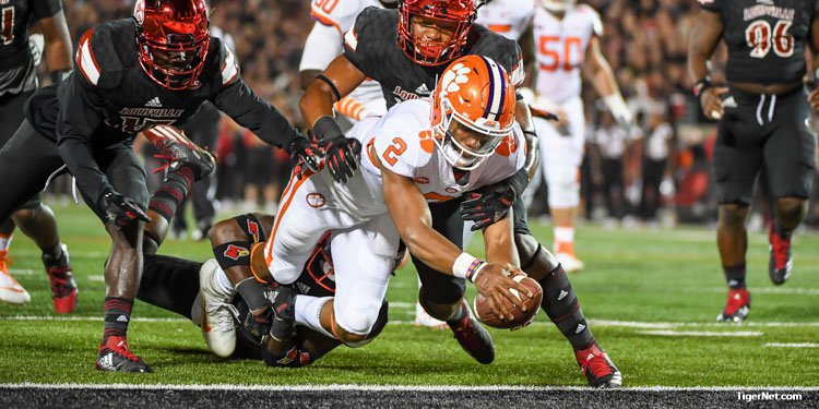 Kelly Bryant and Clemson knocked off Louisville Saturday