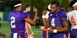 Deshaun Watson shows support for Kelly Bryant