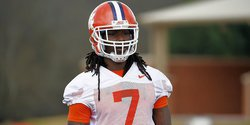 Clemson defensive end to transfer