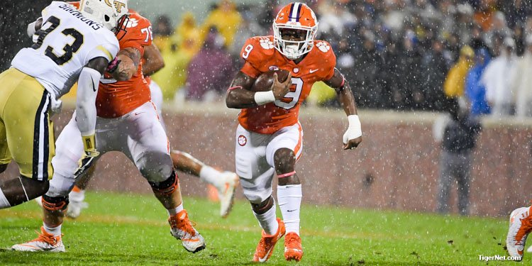 Travis Etienne had 7 carries for 43 yards and a touchdown vs Georgia Tech.