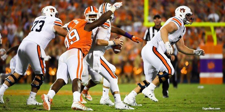 Auburn quarterback Jarrett Stidham took a beating