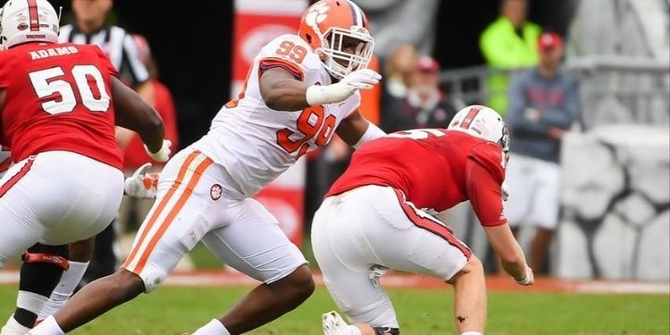 Clelin Ferrell matched his career-high in snaps in a 12-tackle and 5-TFL day at NC State.