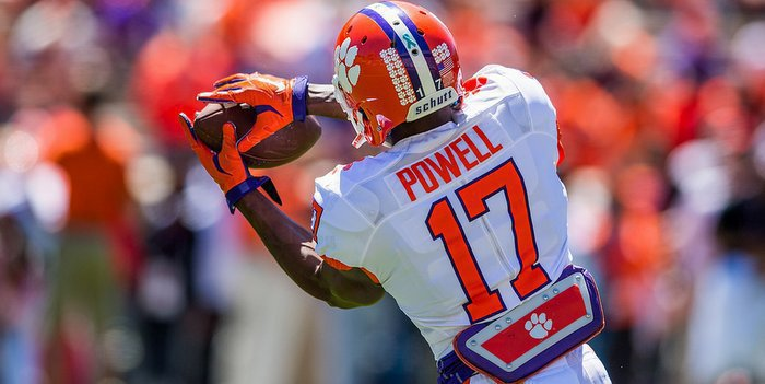 Powell makes the grab in the spring game