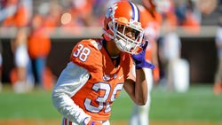 Clemson DB to transfer