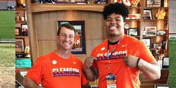 Signing Day surprise: Nation's No. 1 OT picks Clemson