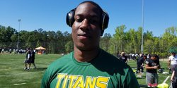K.J. Henry: Where do Tigers stand with 5-star defensive end?