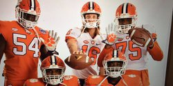 Trevor Lawrence, elite recruits react to Junior Day, new ops center