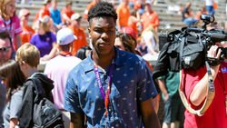 Clemson in top four for elite DB