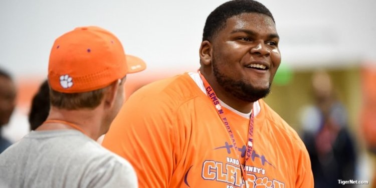 5-star cancels his official visit to Clemson