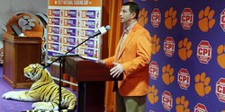 Clemson's Dabo Swinney a big fan of the early signing period