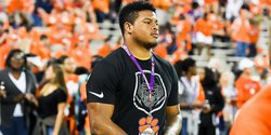 Xavier Thomas lists 5 players on ESPNU he is recruiting for Clemson