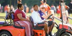 Elite DE talks Clemson visit, meeting Clemson's starting defensive line