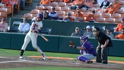 Clemson rallies to top Wofford