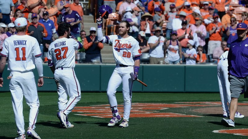 Clemson clinches division title, takes series at Pitt