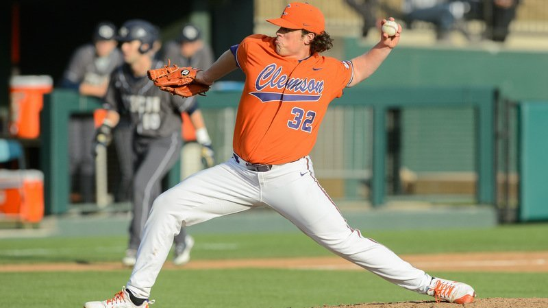 Jacob Hennessy pitched seven strong innings (Photo by David Grooms)