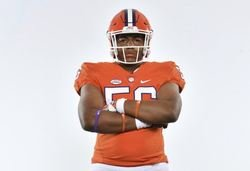 Florida OL commits, signs with Clemson