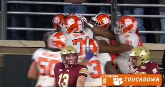 WATCH: Clemson scores passing TD in 'Fridge package'