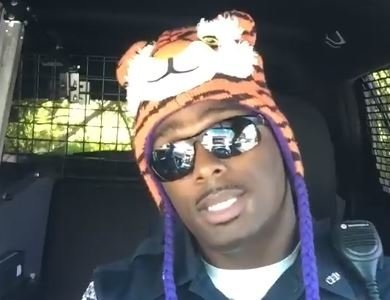 Former Clemson DB turned cop does a hilarious 'Lip Synch Challenge'