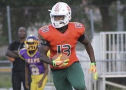 Florida defender picks up Clemson offer