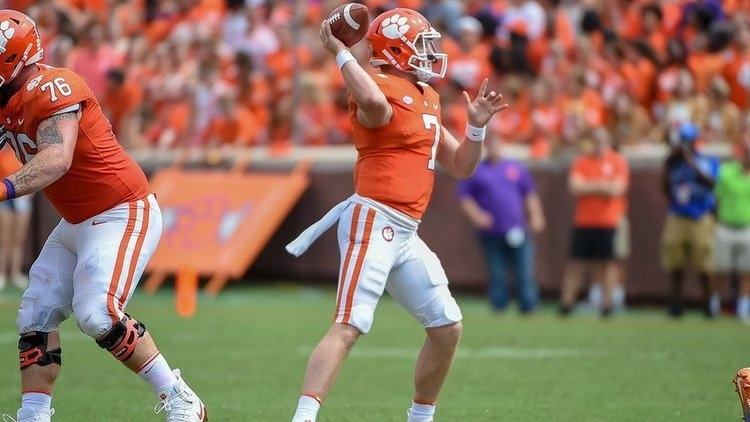 Kelly Bryant reaches out to Brice after win over Syracuse