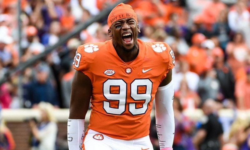 Clelin Ferrell led a hungy Clemson defensive group in a dominating performance Saturday.