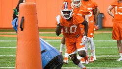 Increased tempo, freshman standouts mark early Clemson spring efforts