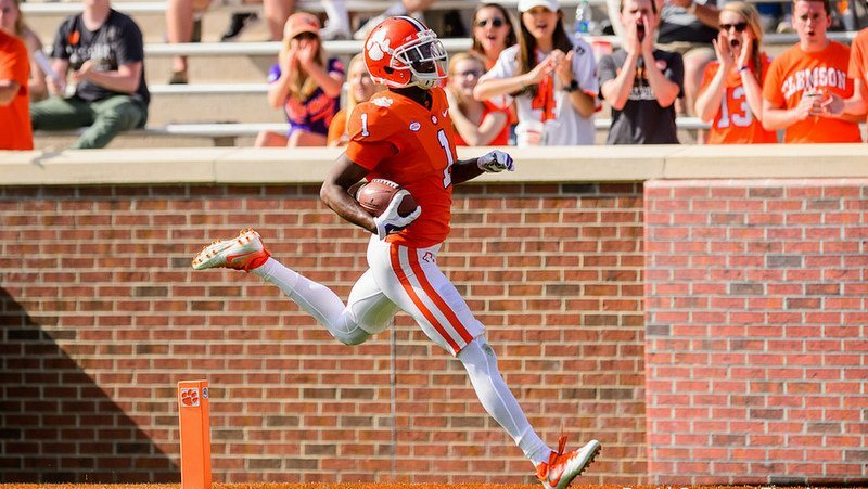 Trayvon Mullen is poised to have a breakout season