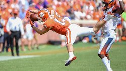 Hunter Renfrow named finalist for national award