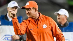 Wednesday Practice Insider: Swinney details plans for junior linebacker