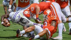Brent Venables on freshmen: If they're on the bus, we're confident in them