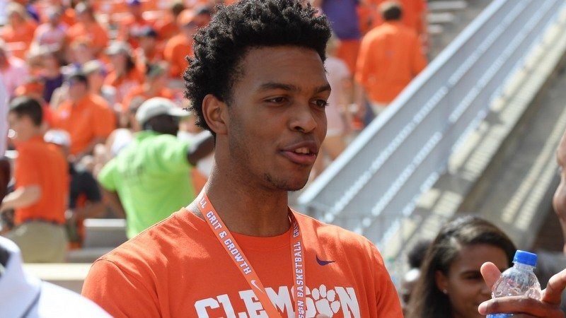 A visit to Clemson over the weekend had most experts picking the Tigers over Tennessee and Duke.