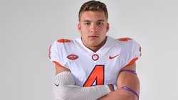 Clemson recruiting stays hot, picks up standout LB commit