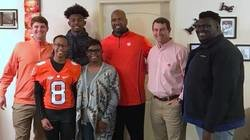 Pinky swear, relationships help Tigers land Alabama recruit with