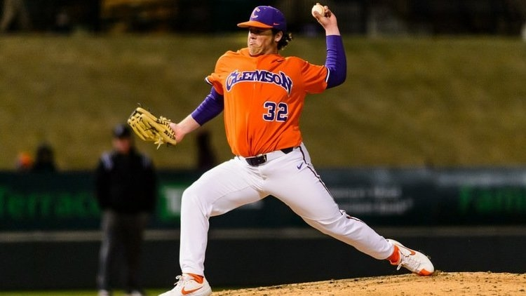 Jacob Hennessy will start Friday against Illinois