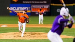 Clemson sweeps midweek series over College of Charleston