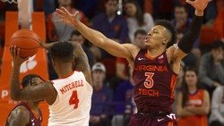 Four in a row: Mitchell scores 22 as Tigers knock off No. 11 Virginia Tech