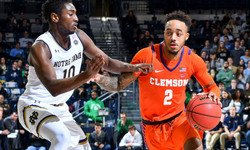 Clemson bounces back with close win at Notre Dame
