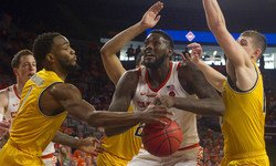 Clemson comeback falls short as Wichita State eliminates Tigers from NIT