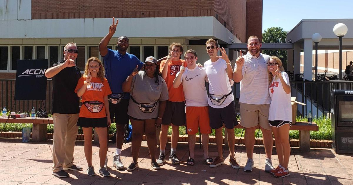 WATCH: ACC Network 'Huddle' makes Clemson stop, with giveaways for students - TigerNet.com