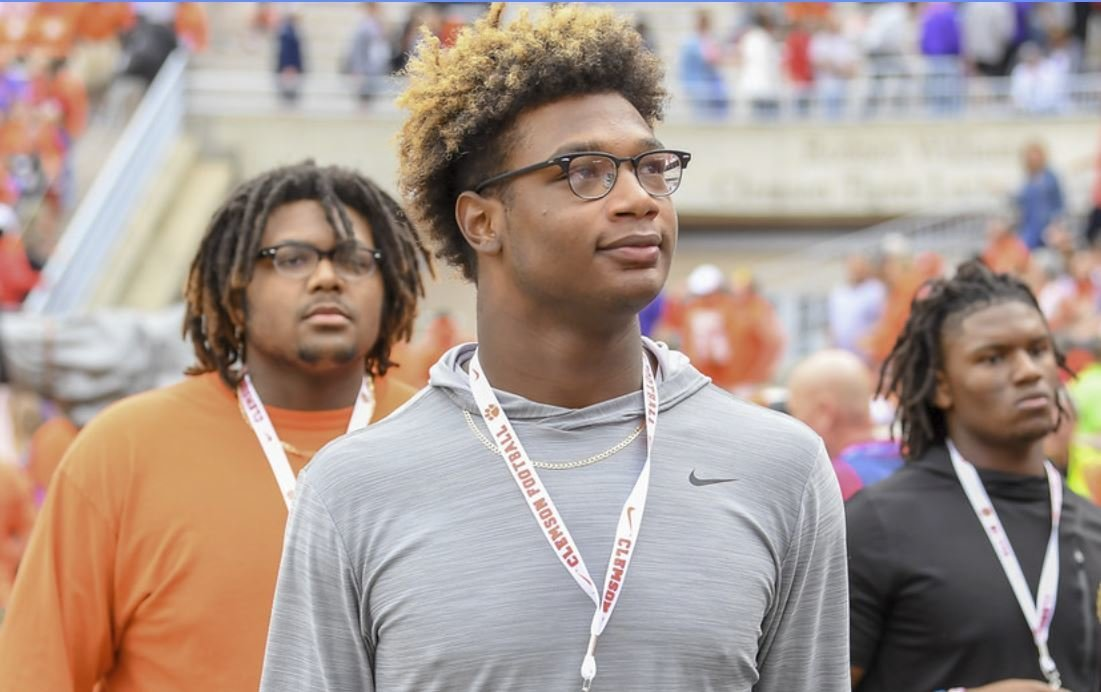 5-star Clemson commit makes pitch to 5-star target