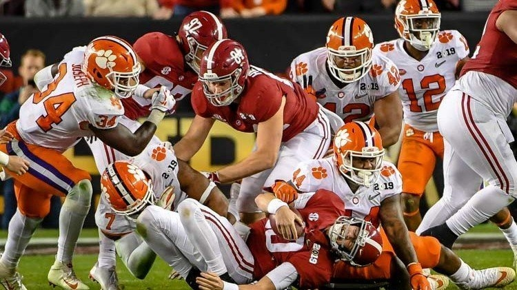 Clemson over and through Alabama on the way to the 44-16 win