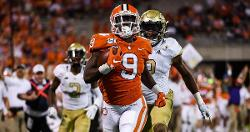 Travis Etienne ties school scoring record