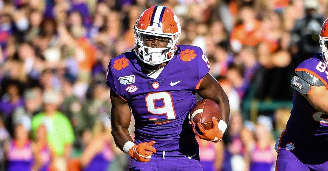 Etienne S Record Breaking Day Leads Clemson Past Wofford
