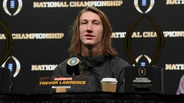Trevor Lawrence reached out Tua Tagovailoa.