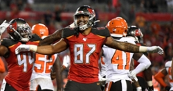 Former Clemson TE signs futures contract with Bucs