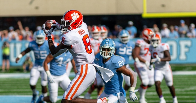 Justyn Ross makes a catch against UNC.